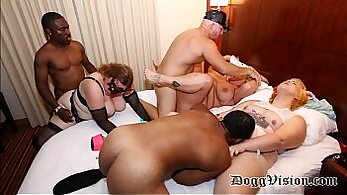 Cunt party with extreme tits love
