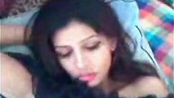 Sexy indian girl sucks her bf and rimjob