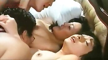 amateur wife loves to suck female lover