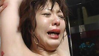 Asian bondage babe fingers her neck