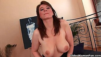 Busty Mature Mai Cant Handle This Very Many Cocks
