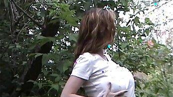 British amateur girl outdoor fuck in the garden