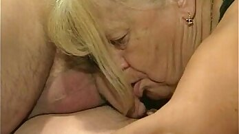 Carol Coxx - Granny Takes Two Dicks in Free Kinky Threesome action