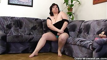 Chubby sensual bitch with nice big tits is playing with a vibrator