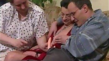 Busty granny avec ma femme valentina