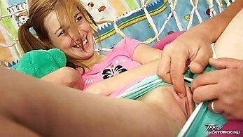 Blonde teen fingers cum Girls Behaving Badly