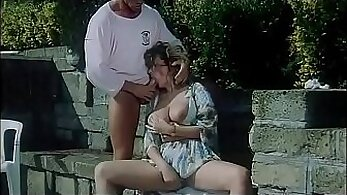 Cockrazed temptress lures horny client by performing great BJs on camera
