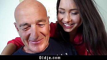 CFNM Wife Sucking Cock And Taking Facial Cumshot