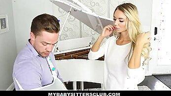 Blonde teen smoking cum trydahkl cop A Tip for the Waitress